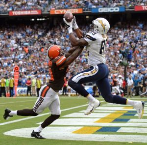 Oct 4, 2015; San Diego, CA, USA; San Diego Chargers tight end Ladarius Green (89) catches a touchdown pass while defended by Cleveland Browns strong safety Donte Whitner (31) during the third quarter at Qualcomm Stadium. Mandatory Credit: Jake Roth-USA TODAY Sports