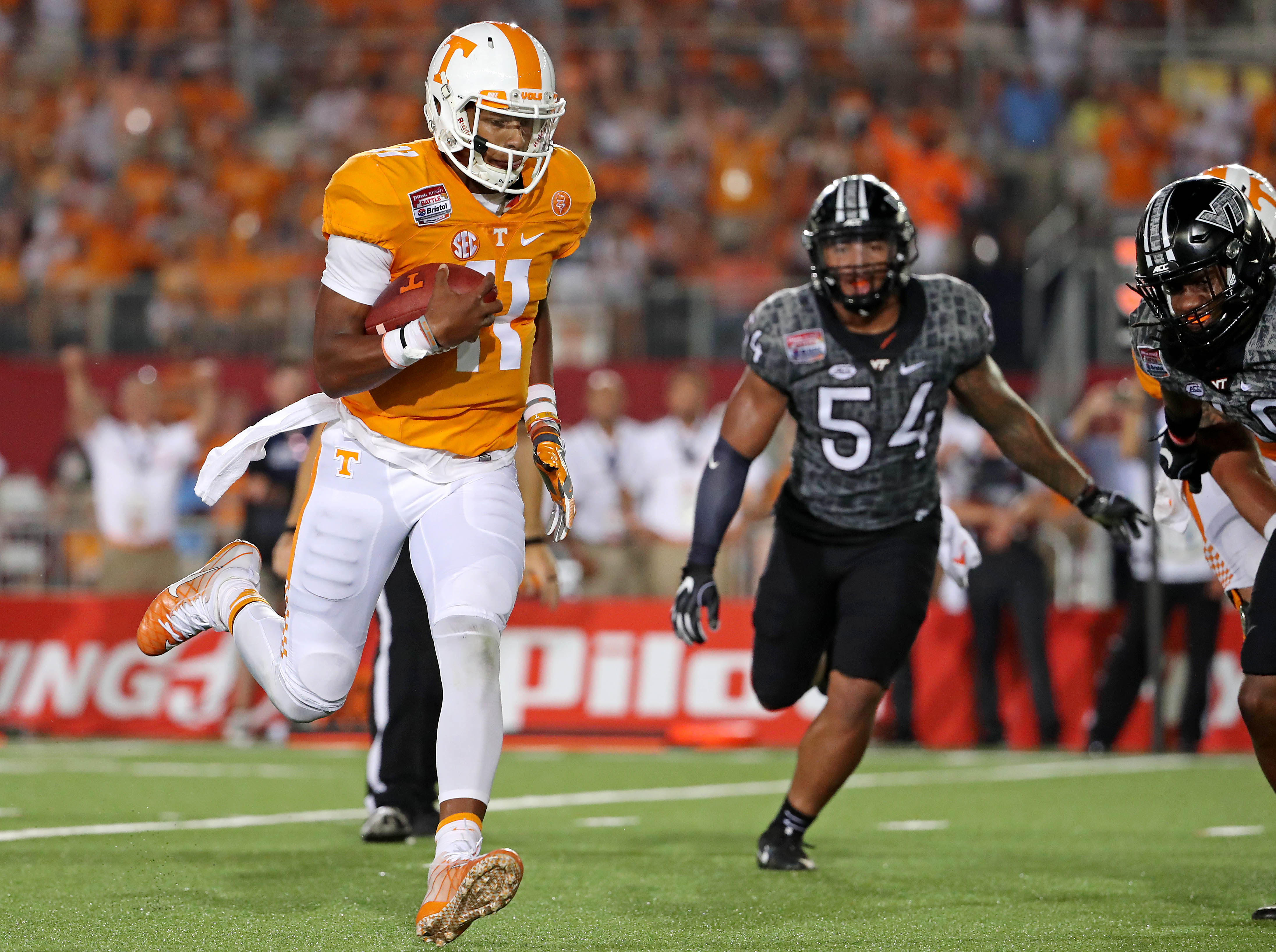 92f68e1fd90 When his pre-snap decision isn't there, Dobbs will sometimes force a bad  throw or make another poor decision because he's ...
